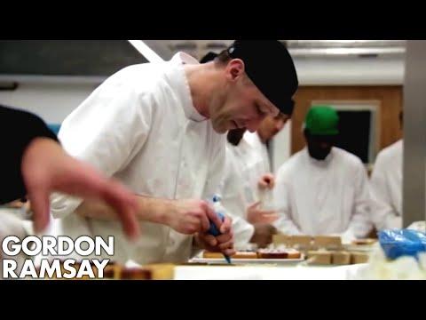 Prisoners Make 1,100 Slices for Caffè Nero - Gordon Behind Bars