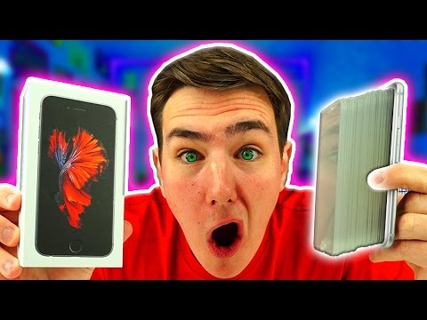 100 LAYERS of iPhone Screens