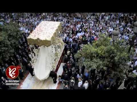 Virgen de la Salud en el Ayuntamiento de Sevilla - Coronación Canónica 2017