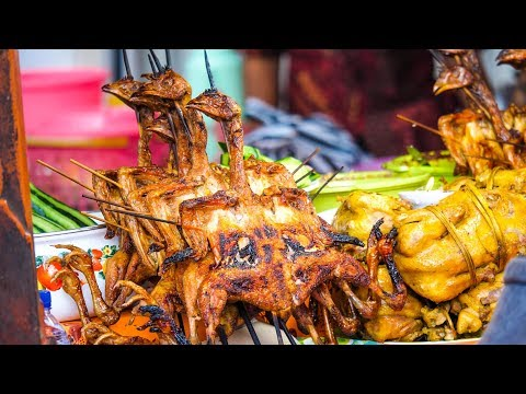 Indonesian Street Food at Gianyar Night Market in Bali - ALL FOOD FOR ONLY $5.07!
