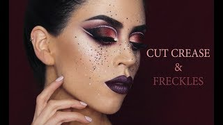 Glam Μπορντό Cut Crease | Intro To Creative Makeup