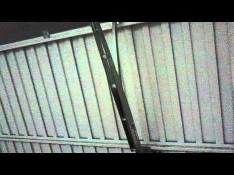 Motores para puertas de garaje basculantes de muelles y - Motores puerta garaje ...
