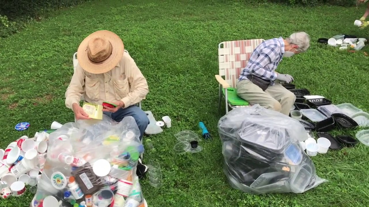 What happens at a Sustainable Roanoke sorting party?