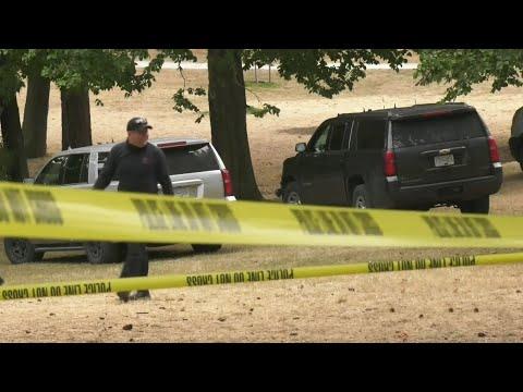 Manhunt underway after Victoria police officer attacked