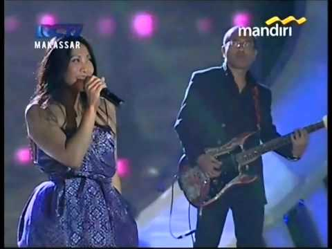 Anggun - Jadi Milikmu [Crazy] Rock Version - Kemilau Mandiri Fiesta 20121222 Makassar