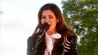 marina and the diamonds i am not a robot acoustic at reading