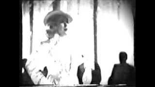 "Marta Eggerth: Es liegt mir so im Blute (Musik, Musik)  - Gesangsszene aus ""Die blonde Carmen""1935"