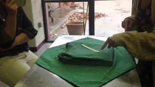 How to wrap a gown for surgery