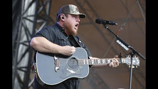 Luke Combs live when it rains it pours (Froggy 101 guitars and stars)