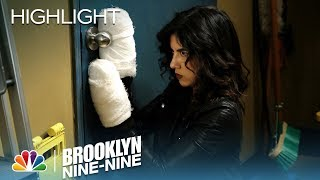 Rosa's Victorious Escape - Brooklyn Nine-Nine (Episode Highlight)