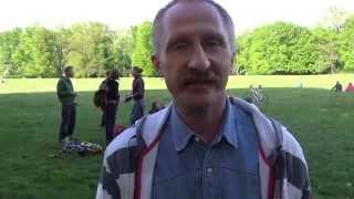 Урок украинских танцев от участника Майдана