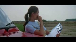 Дэвид Эссекс и Кристина  Рейнес в фильме -Гонщик Серебряной Мечты.муз.фрагмент.