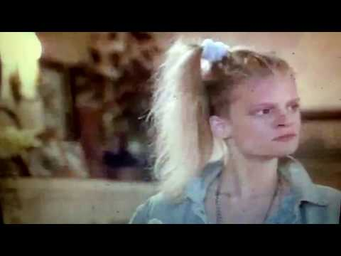 Parenthood 1989 Julie's PregnantToo young to be a grandmotherWoodstock