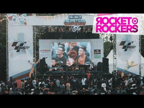 Rocket Rockers - Hitam Putih Dunia ( Live At Trans 7 Nonbar Moto GP Solo ) Mp3