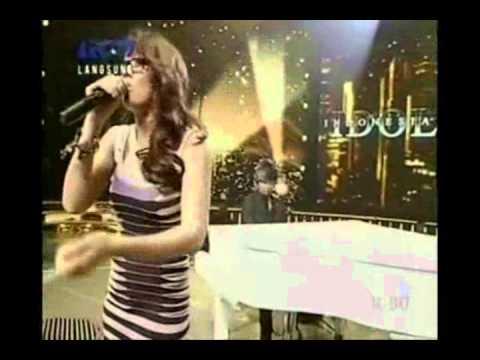 agnes monica - amazing live vocal moments (TWTAA-KKS-PUPUS-CINTAMATI-RINDU-DEWICINTA)