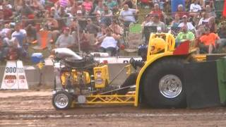 MINI MODIFIED TRACTOR CLASS AT THE 2011 FRIDAY NIGHT FORT RECOVERY, OH NTPA PULL