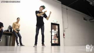Ian Eastwood Choreography 'The Leak Part II' |