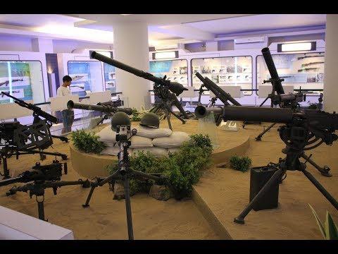 Republic of China Armed Forces Museum Tour / 國軍歷史文物館 (旅游)