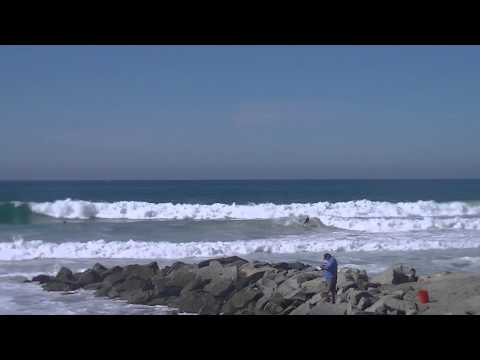 Surfing Carlsbad, California Pumping Swell October 22nd, 2014