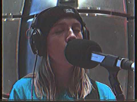Lunch Break (Live @ Dimension 70 Studio NYC) - Maddie Jay & Friends