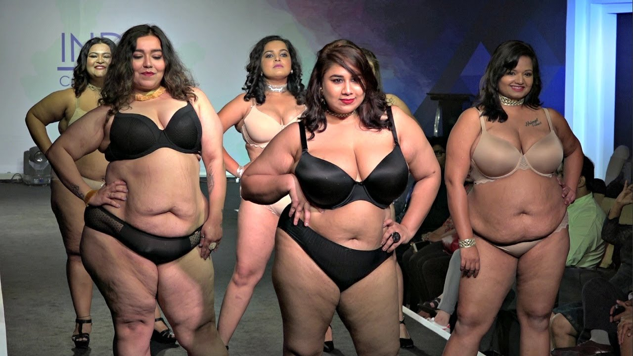 Download Plus Size Model Ramp Walk For Parafait  Fashion Show