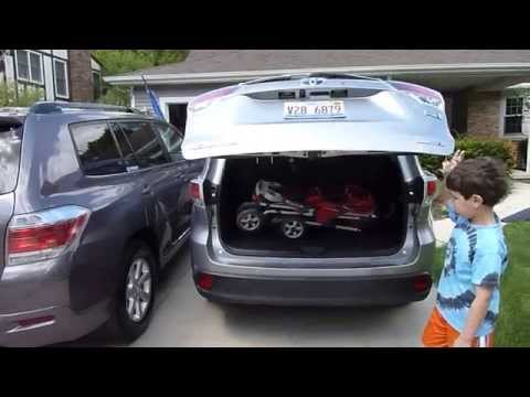 2014 Toyota Highlander Hybrid Review Part 2: Cargo, Interior and Fuel Economy