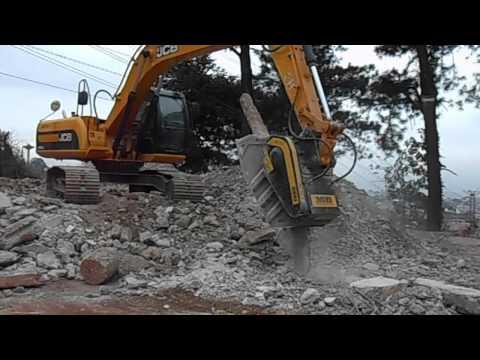 MB Crusher Bucket Crushing Concrete Pile And Railways Sleepers