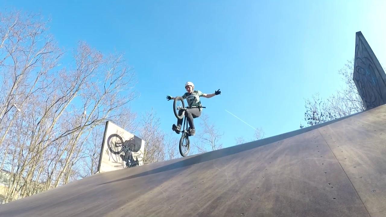 cbc884e6264b6b Kranke BMX Sesh in Erfurt Domizil Skatepark  + Neue Combos   - YouTube