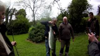 Patsy mc hugh 33lb spring salmon point of finn 2010 clip