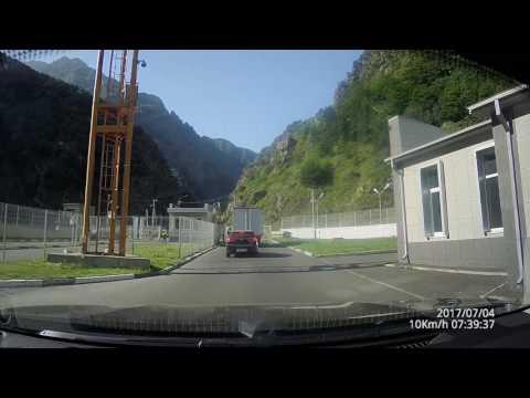 видео: Прохождение пограничного контроля на КПП Верхний Ларс. Из России в Грузию.