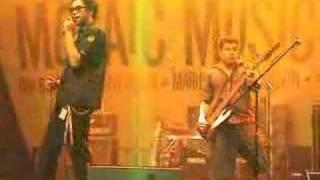 The SUNS - Cecelia (Live)