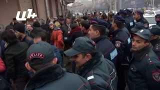«Երանոսյան խրտվիլակ».բողոքի ակցիա ոստիկանության շենքի առջև