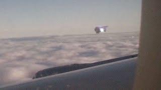 März 2018 / UFO aus Flugzeug heraus gefilmt ! Über China ?