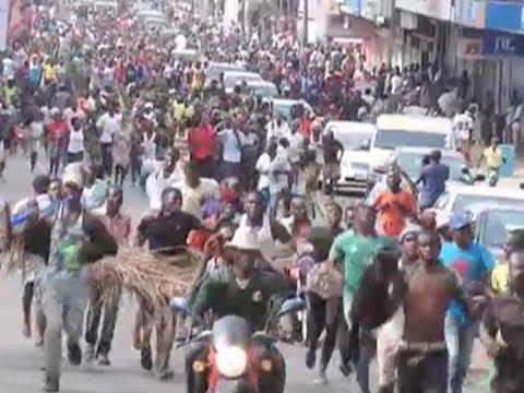 Kisumu residents celebrate Raila Odinga's 'swearing in'