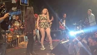 Goyang hot _ om 86 _ Rita Ratu Tawon vs Tembong _ Gala Gala _