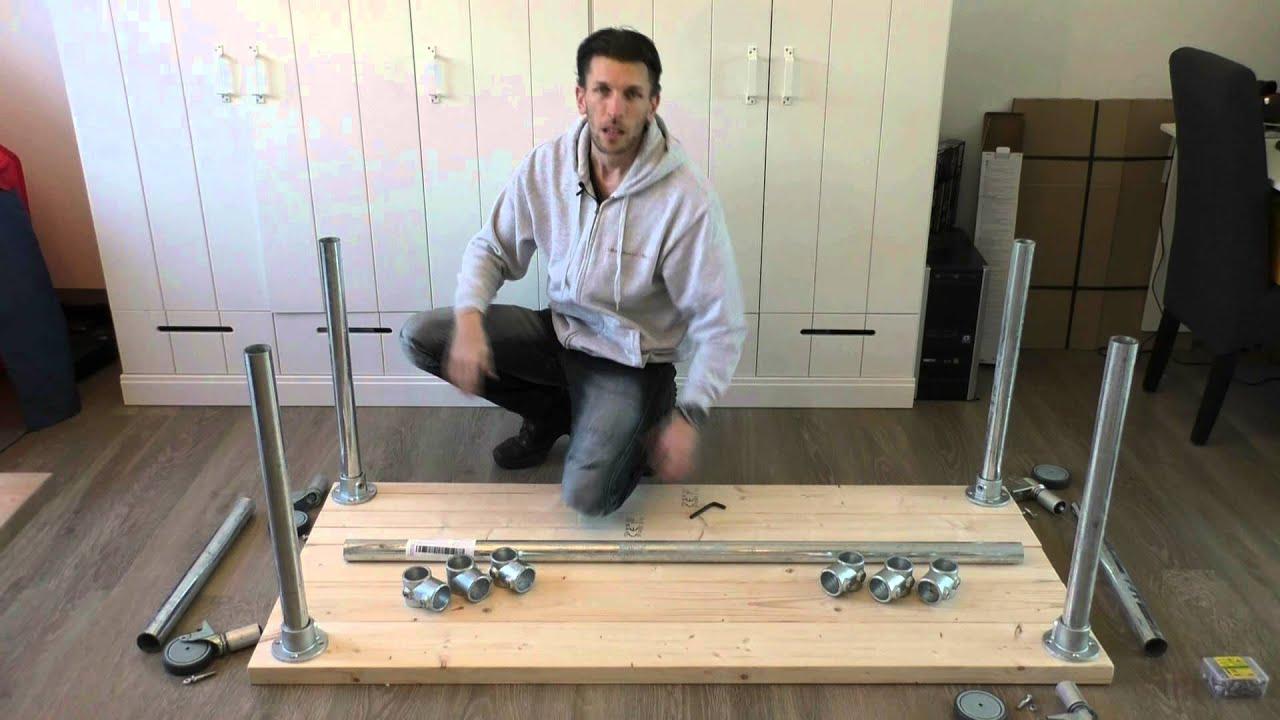 Zelf een tafel maken met steigerpijp youtube Steigerhouten tafel met steigerbuizen zelf maken