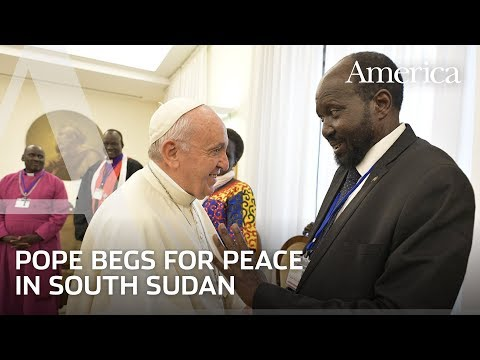 Pope Francis kisses the feet of South Sudan leaders to beg for peace