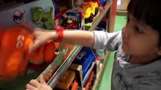 Toys Shopping At Hamleys