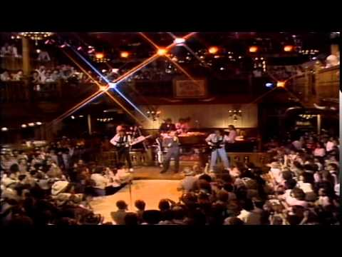 Lee Greenwood and Pinkard & Bowden | Live at Church Street Station