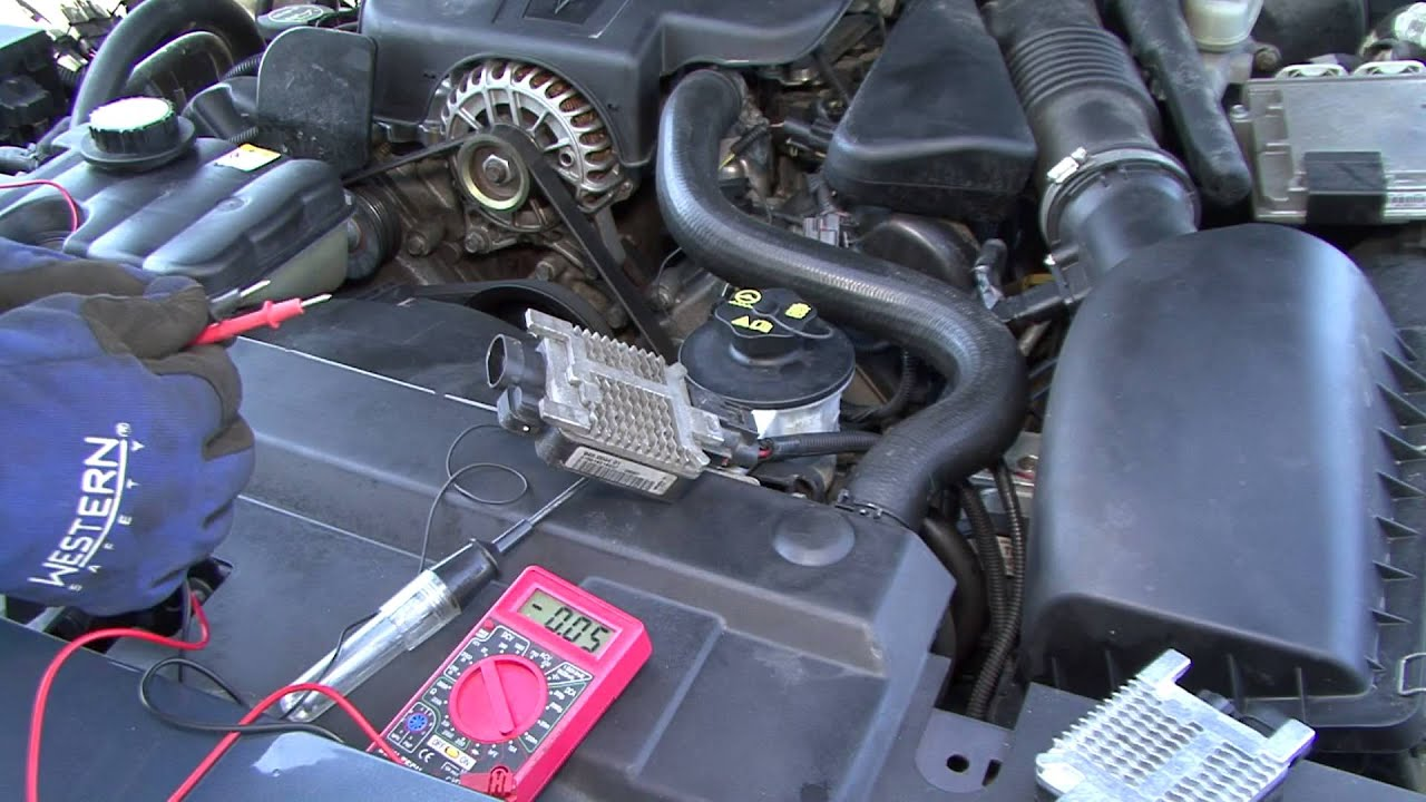 crown victoria radiator fan module troublehooting and replacement  YouTube