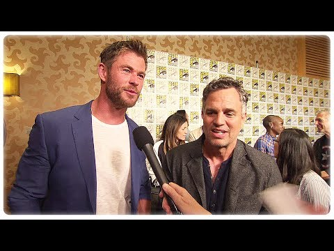 Thor Ragnarok Chris Hemsworth & Mark Ruffalo Interview at Comic Con