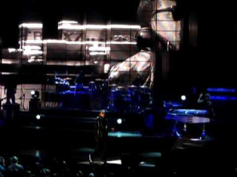 Jay z x swizz beatz on to the next one blueprint 3 tour staples jay z x swizz beatz on to the next one blueprint 3 tour staples center 032610 malvernweather Choice Image