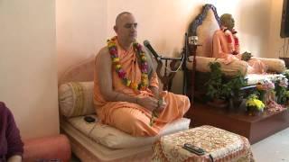 2009.06.20. Kirtan by H.H. Bhaktividya Purna Swami - Riga, LATVIA