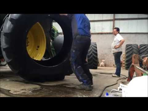 Tyre Fitting - Tractor - Sledgehammer and Levers in under 2 minutes