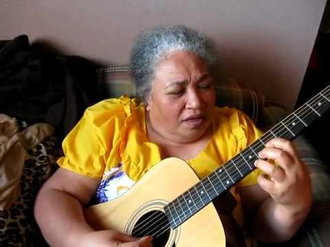 GRANDMA TONGAN GUITARIST - Grandma Playing Guitar