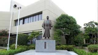 2012年9月8日高知龍馬空港の外れにあり不評だった吉田茂像が空港ビル...