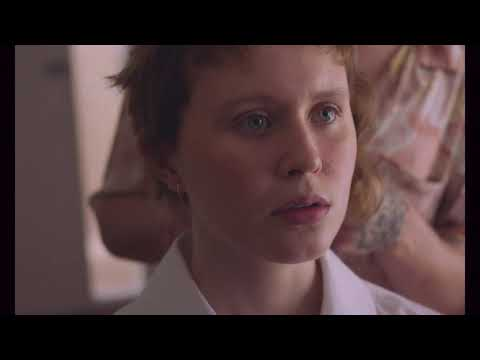 BABYTEETH Trailer ufficiale (dal 13 maggio al Cinema)