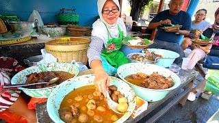 Indonesia Street Food - YOGYAKARTA'S BEST STREET FOOD GUIDE! CRAZY Halal Food tour in Jogja!!
