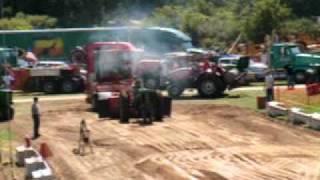 Kent City Pull Local 8000# Field Farm Tractors