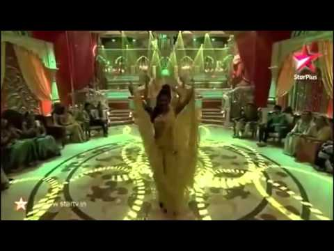 Sanaya Irani - Bahara Dance